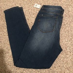 Brand new sky high jeggings. NWT